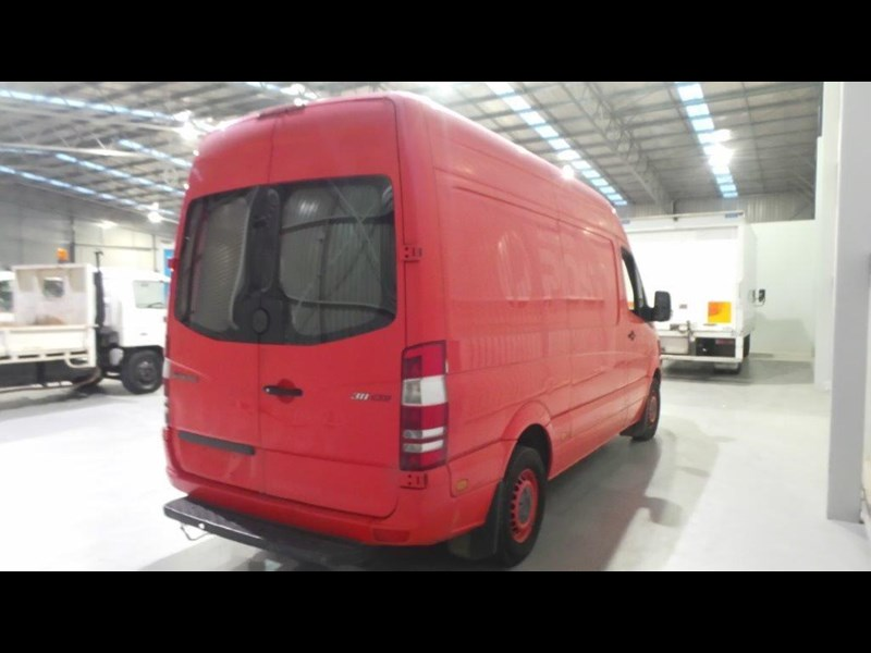 mercedes-benz sprinter 311 cdi 431957 005