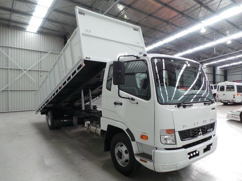 fuso fighter 1024 379573 075