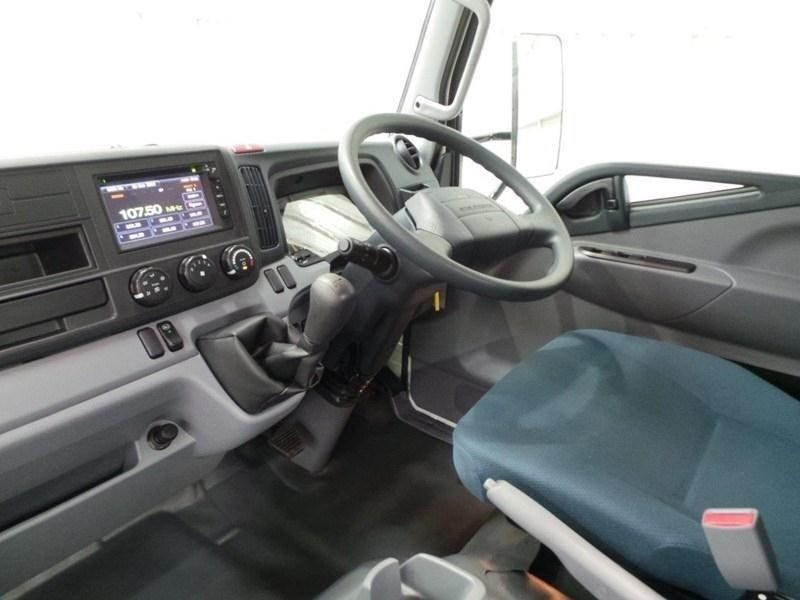 fuso canter 515 wide cab 379610 073