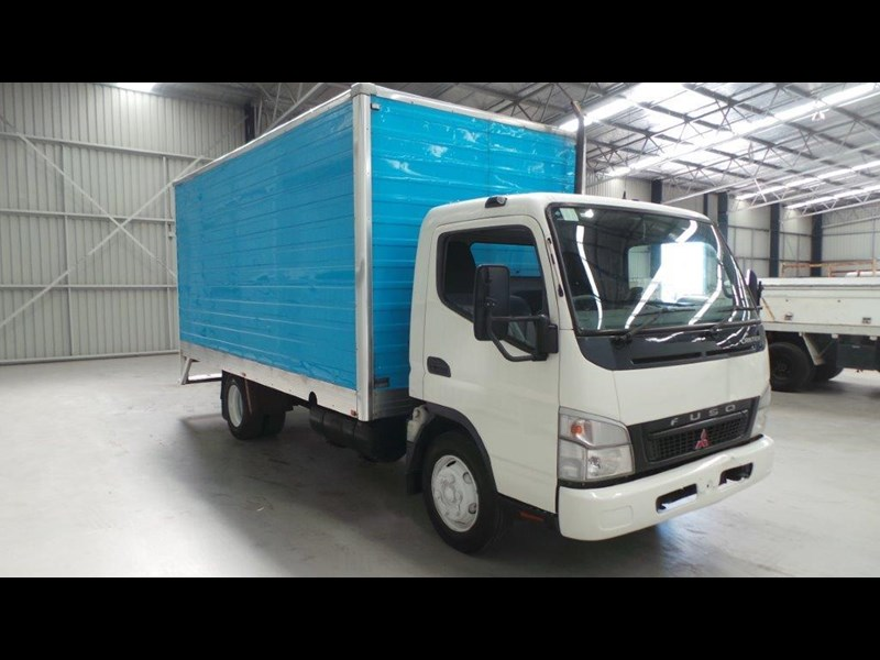 fuso canter 431641 009