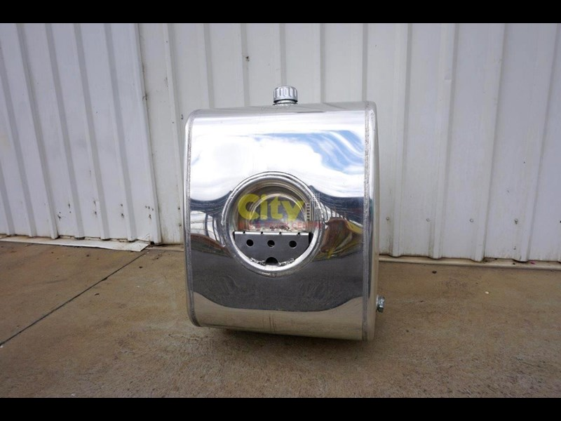 hydraulic oil tanks new kenworth polished alloy hyd oil tank 440048 017