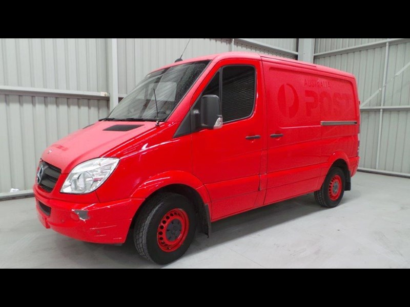 mercedes-benz sprinter 311 cdi 431951 001