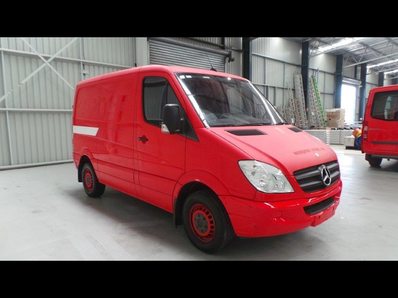 mercedes-benz sprinter 311 cdi 431953 013