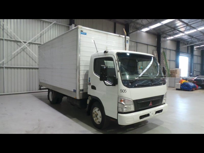 fuso canter 4.0t 431577 009