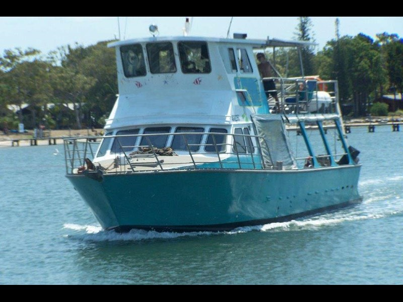 commercial workboat 440257 001