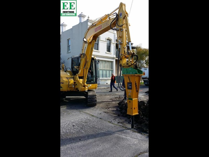 indeco hp200 whisper rock breaker from everything earthmoving 356955 001