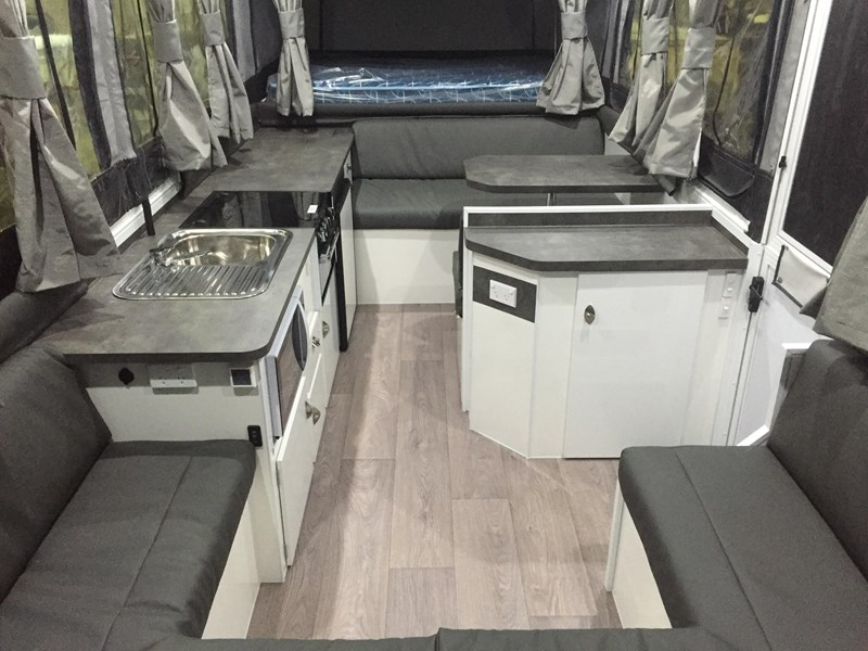 quest rv jardine 442720 011