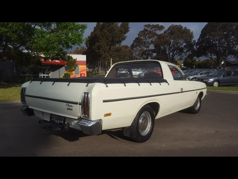 chrysler valiant 444473 009