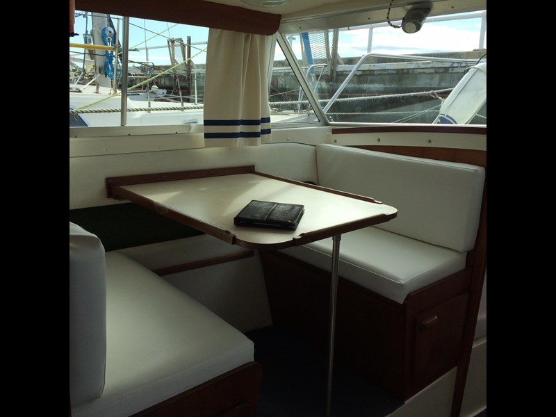 bertram flybridge cruiser 433549 007