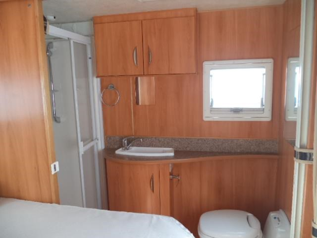 sunliner holiday (compact with full ensuite) 409548 047