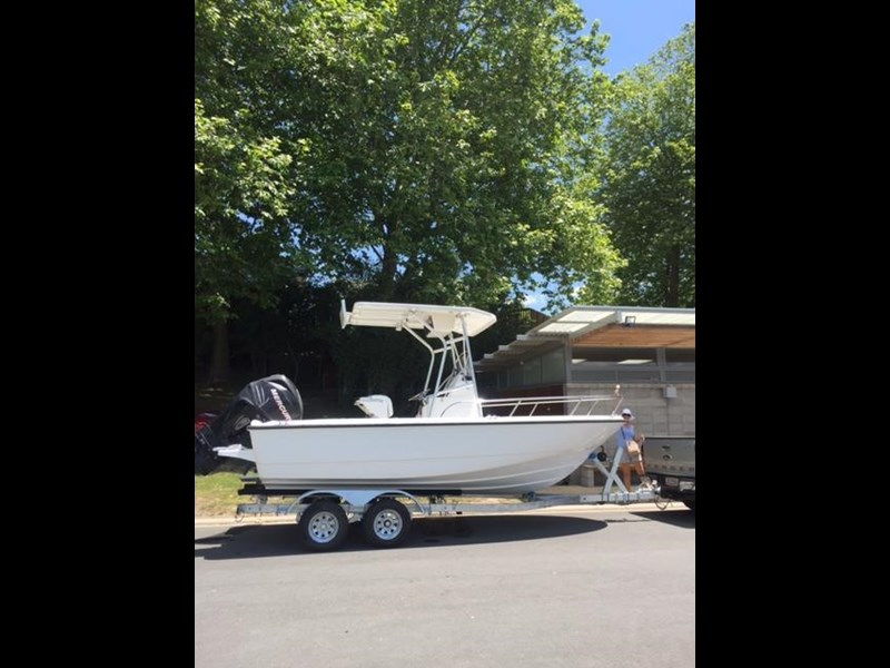 boston whaler 190 outrage 447868 009