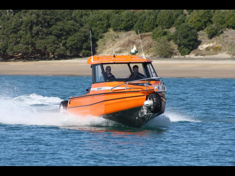 sealegs 2100 st amphibious by sealegs 385561 015