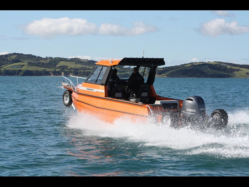 sealegs 2100 st amphibious by sealegs 385561 017