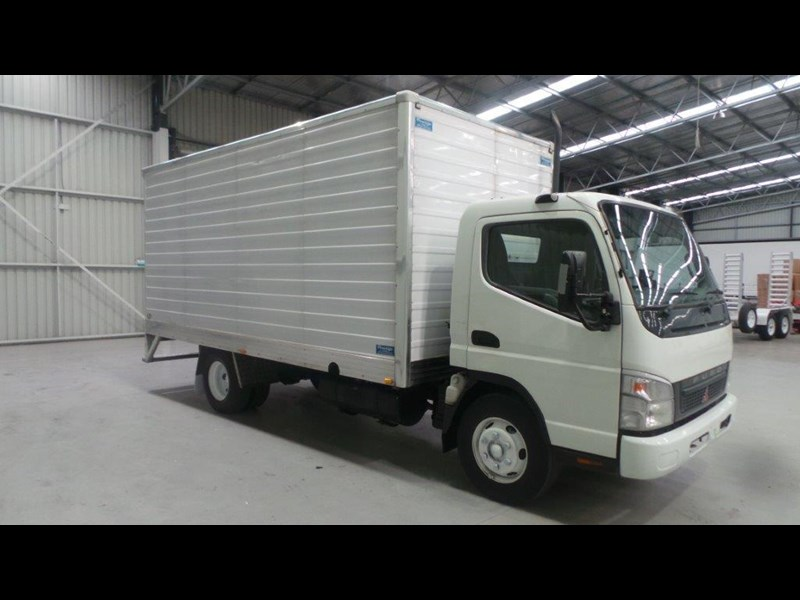 fuso canter 4.0t 431936 006