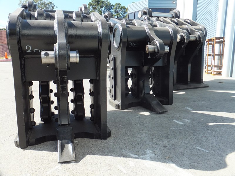 "boss attachments 13-60tonne mechanical concrete crushers ""in stock"" 449589 001"