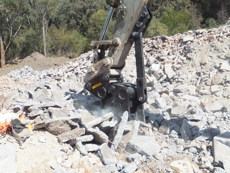 "boss attachments 13-60tonne mechanical concrete crushers ""in stock"" 449589 015"