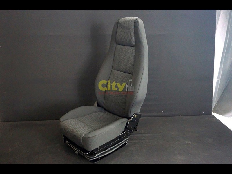 mitsubishi air drivers seat to suit mitsubishi for sale. Black Bedroom Furniture Sets. Home Design Ideas