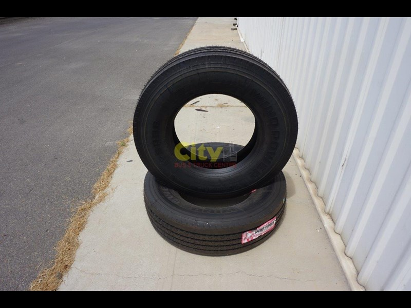 windpower wsr36 - 295/80r22.5 steer tyre 450181 009
