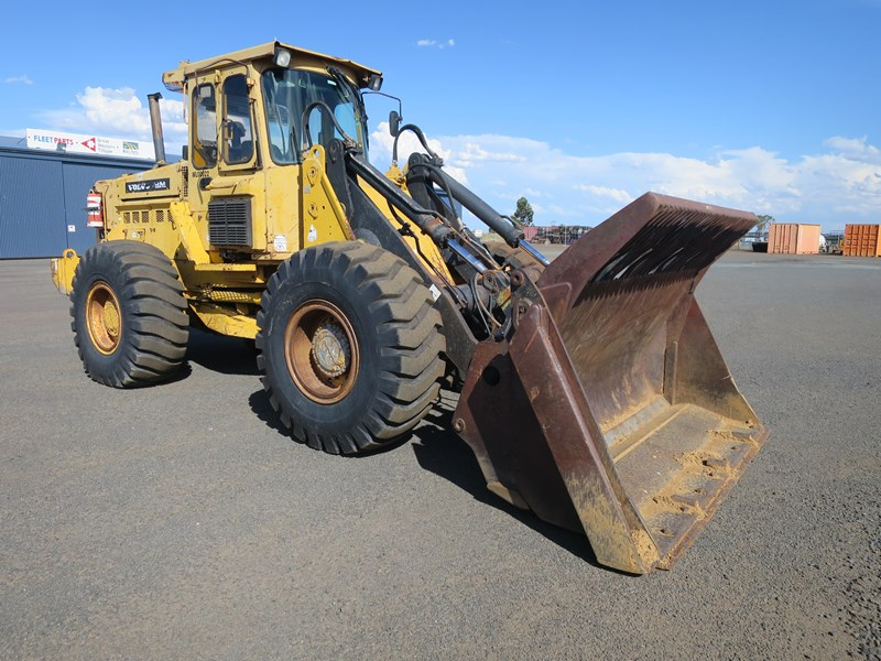 volvo l90 4wd wheel loader 424836 001