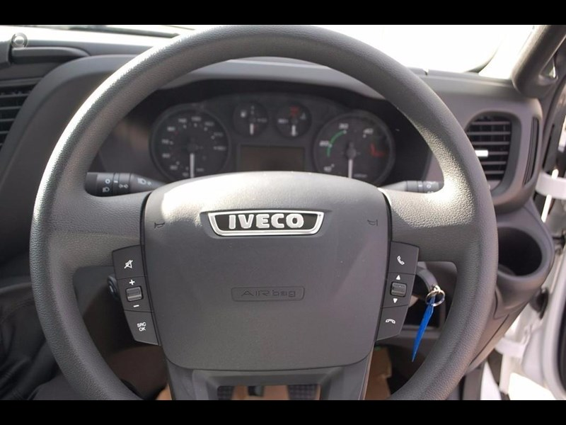 iveco daily 50c17/18 420231 010