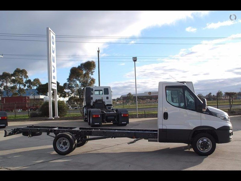 iveco daily 50c17/18 420231 012