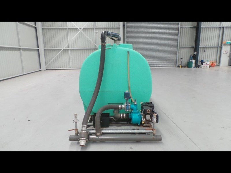 workmate 4000 litre poly tank 367305 011