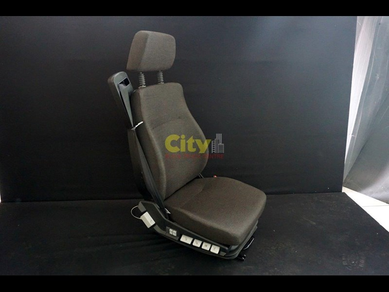 air suspension seat - pictured to suit iveco mp4500 451439 001