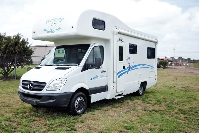 mercedes-benz sprinter lake 5 berth 282777 001