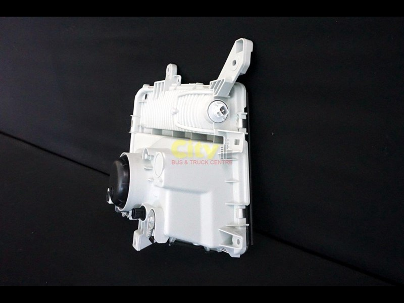 headlights suit mitsubishi fighter 2008 model onwards 452240 007