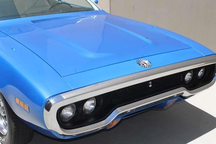 plymouth road runner 452807 007