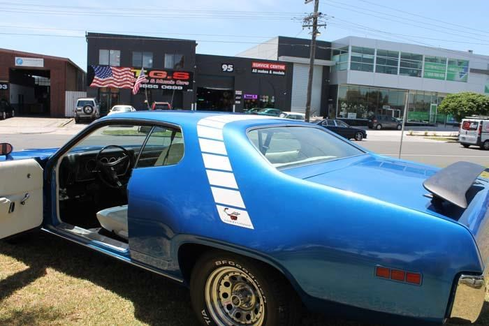 plymouth road runner 452807 075