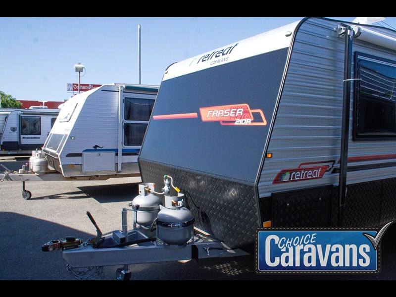 retreat caravans fraser 210r 453183 015