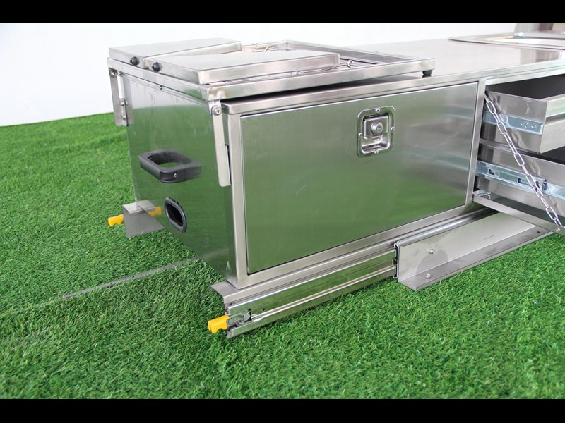 Brilliant  Rongcheng Camper TrailersCaravans_Slide Out Camper Trailer Kitchen