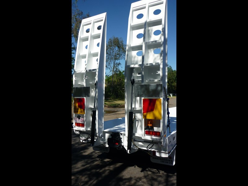 russell heale tri axle drop deck price excludes gst 461323 007