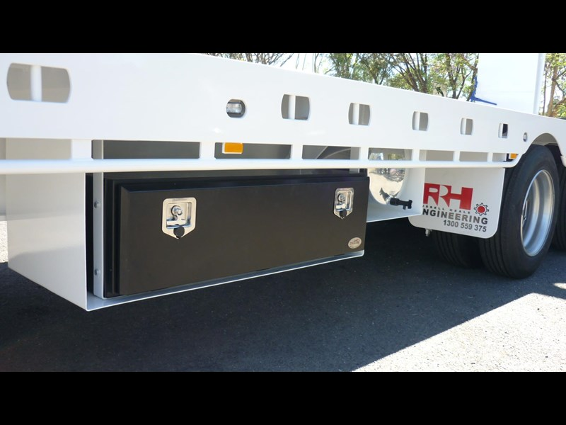 russell heale tri axle drop deck price excludes gst 461323 013