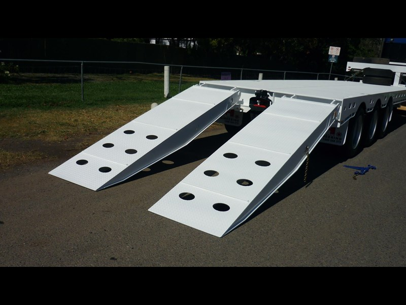 russell heale tri axle drop deck price excludes gst 461323 019