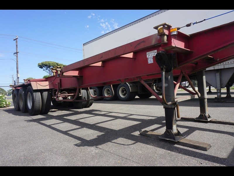 krueger 40ft tri-axle skel trailer 463160 015