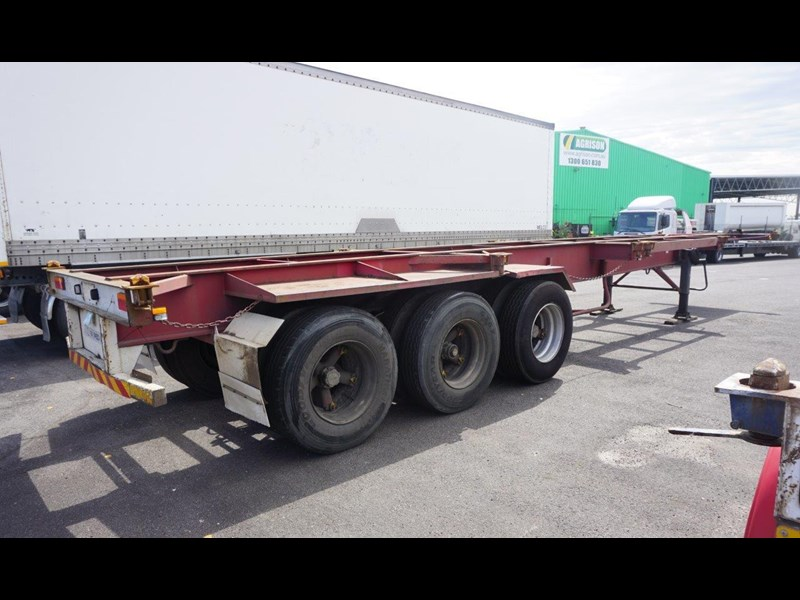 krueger 40ft tri-axle skel trailer 463160 017