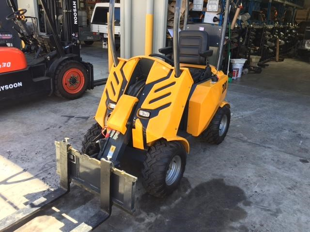 hysoon articulated mini loader 91009 001