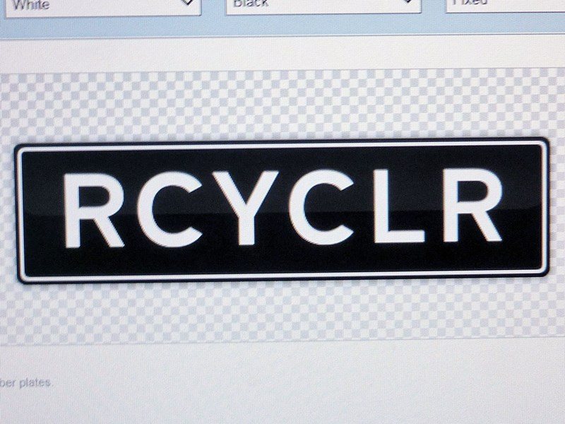 number plates rcyclr/scrapa 466030 017