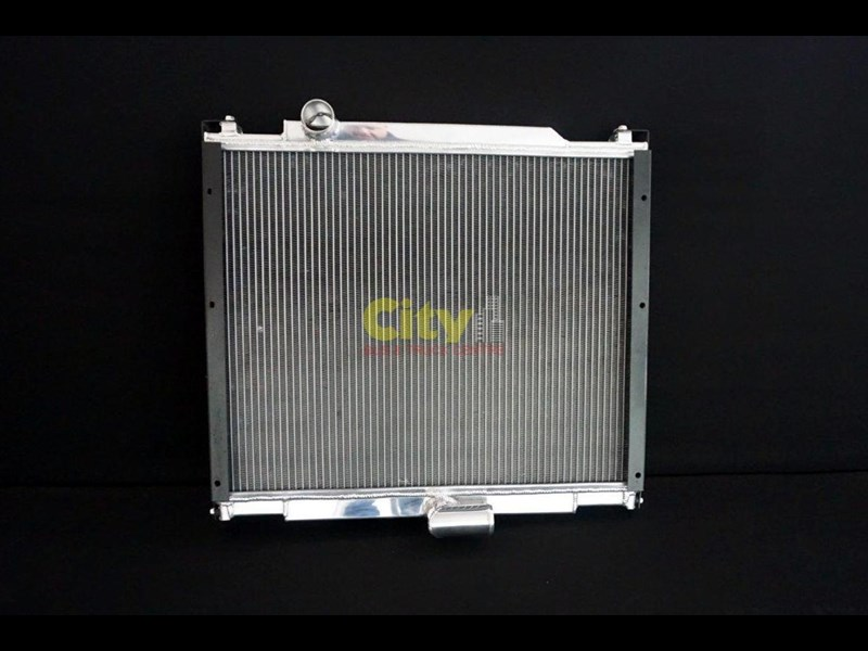 mitsubishi rosa bus radiator assembly with core 467935 001