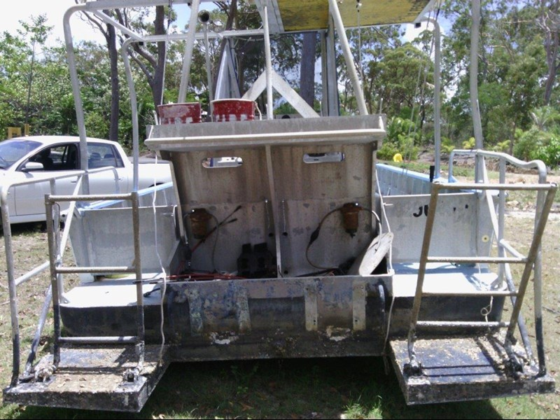 custom custom built dive vessel 460822 003