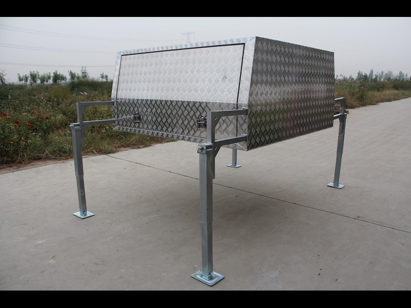 kylin campers dual cab jack off alloy checker plate canopy, aluminium canopy, ute canopy   - 1800x1800x860mm 470122 005