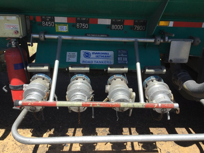 marshall lethlean 19 meter b double set fuel tanker 472477 031