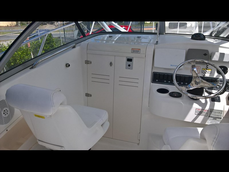 boston whaler 235 conquest 473198 013
