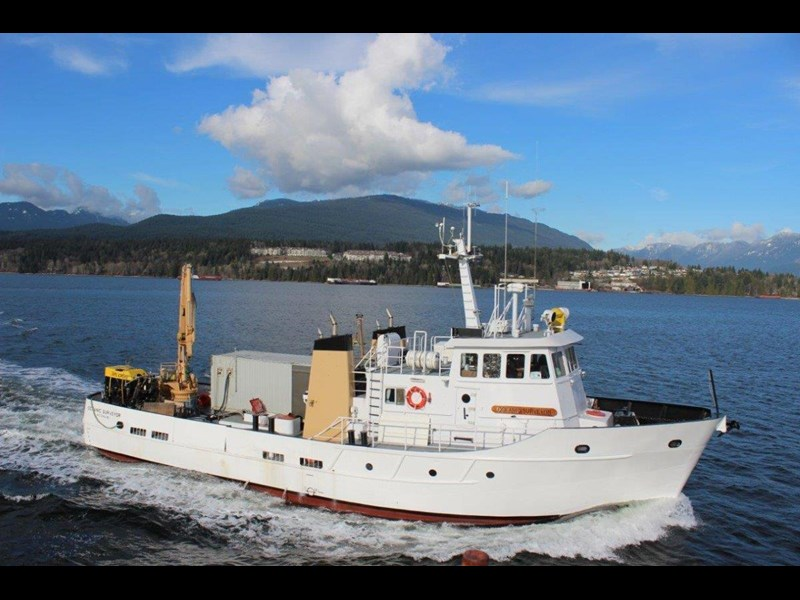 custom offshore support / research vessel 474277 003
