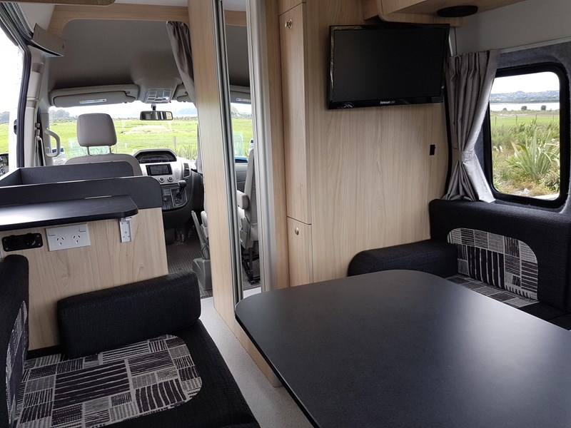 "ldv u-shape ""customise your campervan"" 474409 007"