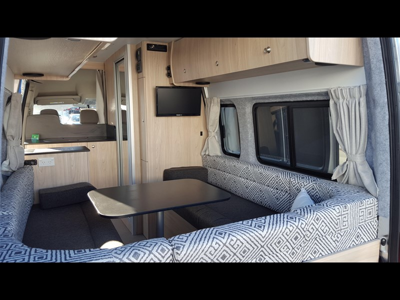 "ldv u-shape ""customise your campervan"" 474409 021"
