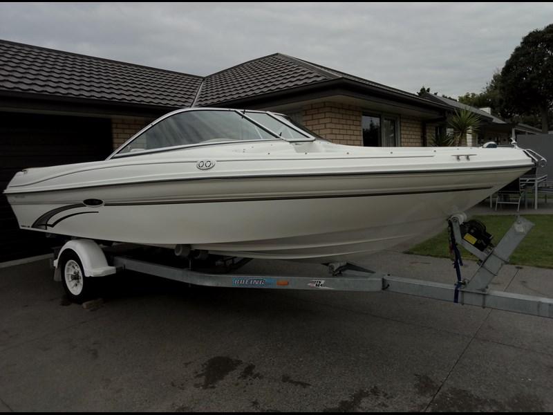 2002 sea ray 180 le bowrider for sale rh tradeaboat co nz 1999 sea ray 180 bowrider owners manual 1999 sea ray 180 owners manual