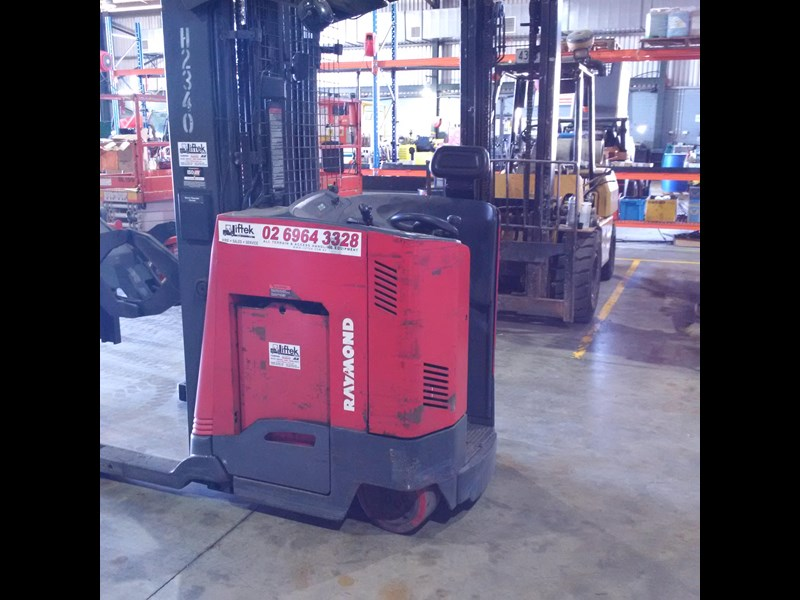 raymond double deep reach truck 477221 007